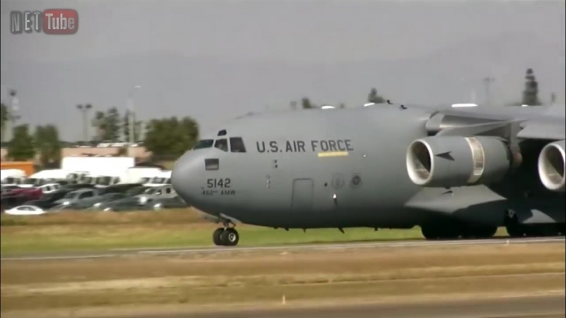 For__a_A__rea_dos_Estados_Unidos_com_o_seu_Gigantesco_C-17_Globemaster_III_(MosCatalogue.mp4