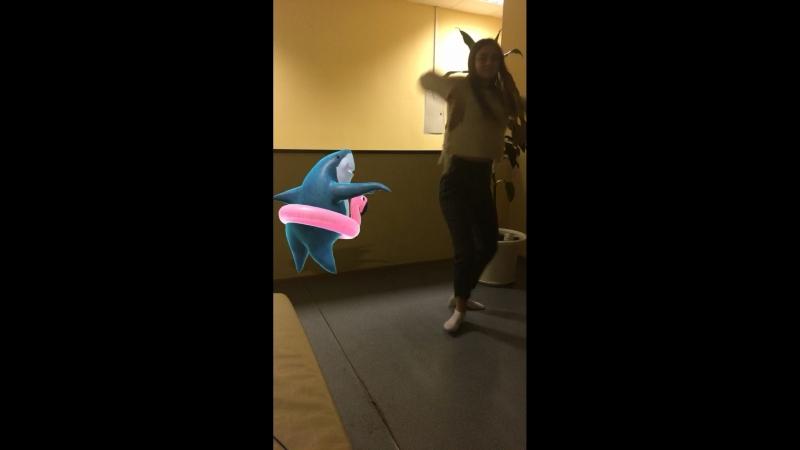Очень эротичный танец девушки 18