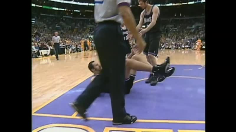 Kings-Lakers.2002.West.Finals.Game.4.720p (3)
