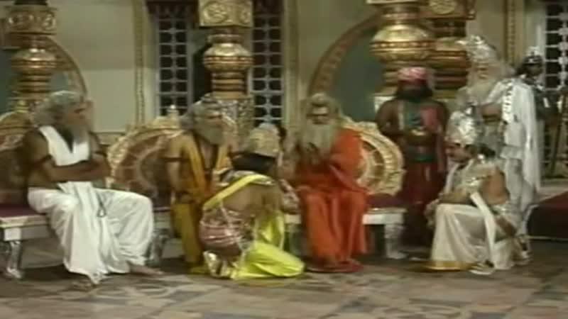 Господь Хари служит брахманам на Раджасуйе ягье