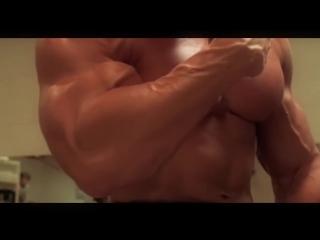 Arnold_schwarzenegger_bodybuilding_training_motivation_-_no_pain_no_gain___2018
