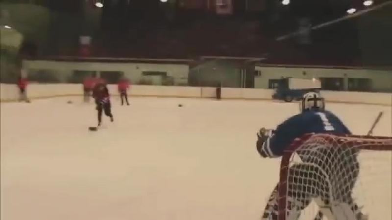 Хоккейные приколы.