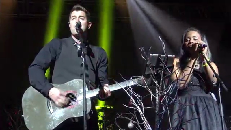 Jeremy Camp Jamie Grace: Hark The Herald Angels Sing Oh Come Emmanuel