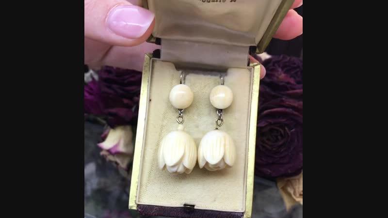 Серьги-тюльпаны из кости