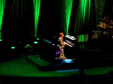 Tori Amos - Mother Revolution (Oakland, 13.07.2009)