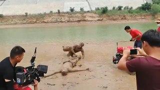 На съёмках кровавого боевика в Китае (Меняйлов)