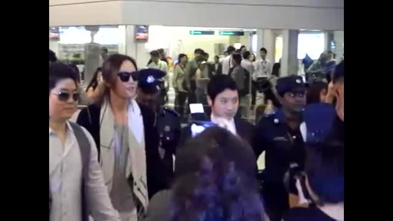 Jang Keun Suk come to Singapore! @changi airport 22_04_2011