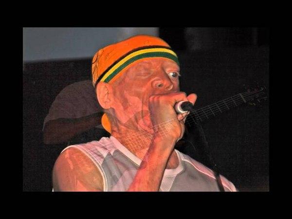 Yellowman Zungguzungguguzungguzeng live 2011 part 7.