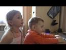 Аня поёт