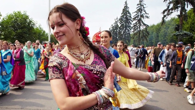 Hare Krishna is the Religion of Love! Beautiful Music!