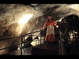 the cave scary movie