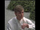 Дэвид Боуи в рекламе японского ликера