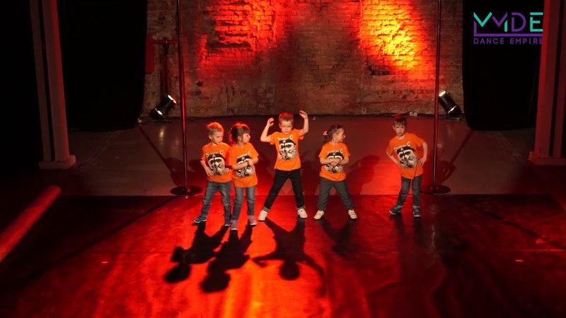 Младшая группа Hip-Hop тр.Линкевич Анастасия