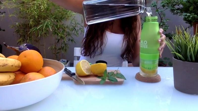 Fruity H2O - Amazing fruit infuser water bottle!