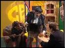 Михей исполняет с Сердючкой свой знаменитый хит Сука любовь на расстроенной гитаре и настроенном бубне 2000 г видео