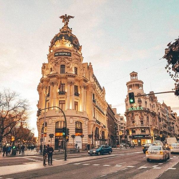 🇪🇸 Авиабилеты в Мадрид за 7000 рублей туда-обратно из Москвы зимой