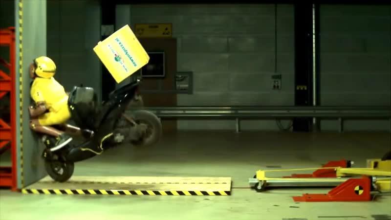 40 km_hr crash test, Краш-тест скутера 40 км в час, лобовое столкновение