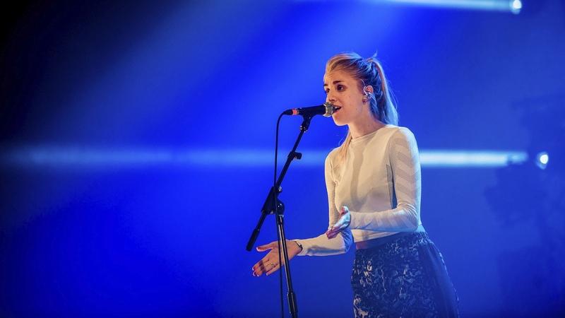 London Grammar - Hey Now (Radio 1s Big Weekend 2014)