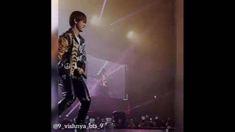 ♡ V   Taehyung   BTS   Vine ♡