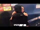 #Роналду утешает Буффона после матча