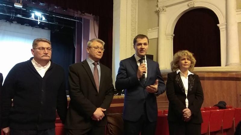 Стихийный митинг против реорганизации поликлиники 7.г.Ярославль.ч.13