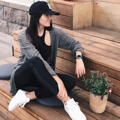 Елена Елагина