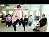 Ёнджун танцует под песню BTS