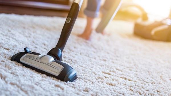 Когда можно заниматься уборкой квартиры: день недели