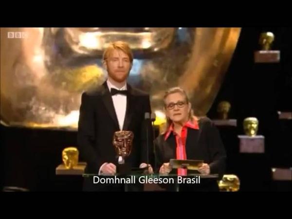 Domhnall Gleeson e Carrie Fisher Bafta 2016