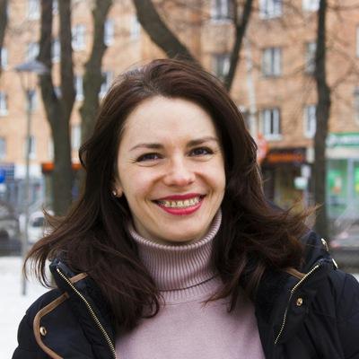 Ксения Ростунова