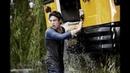 Молодой Кларк спасает школьный автобус. Человек из стали.