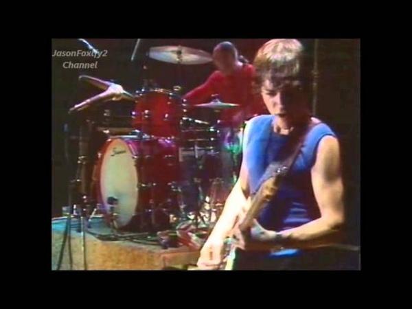 Hurriganes - Keep on Knocking - (Live)