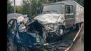 В Киеве на Лобановского Renault влетел в грузовик: водитель погиб, двоих забрала «скорая»