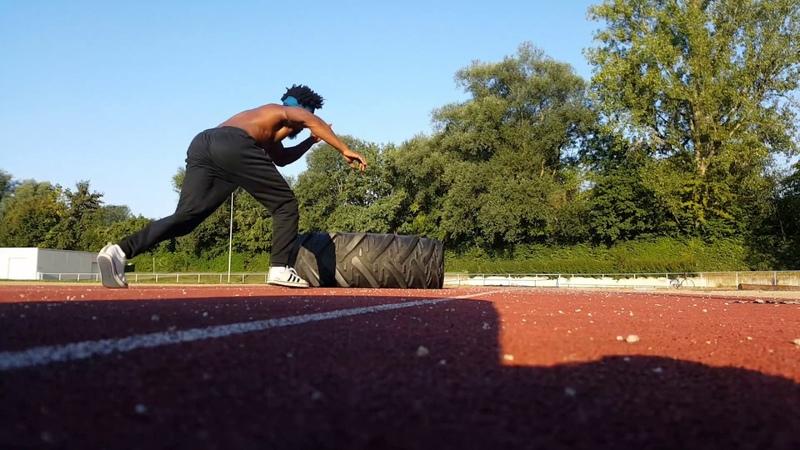 Gugu Quilombola Level Medium Capoeira Fight Training with Traktor Tire -Treino com Pneu de trator