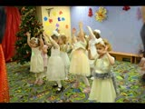 Новогодние ёлки в детском центре ПАЗЗЛЫ