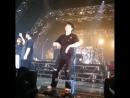 Hongki dancing to Pris singing - - Cr ftpringan