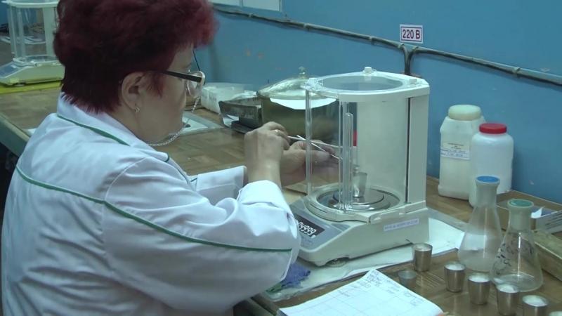 В лаборатории только девушки