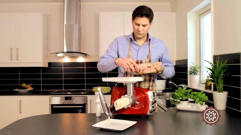 Кухонный комбайн в режиме сосиски