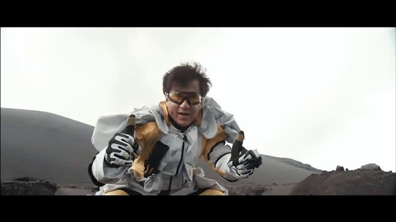 Джеки Чан на съёмках фильма «Доспехи Бога 3: Миссия Зодиак Chinese Zodiac, 2012»