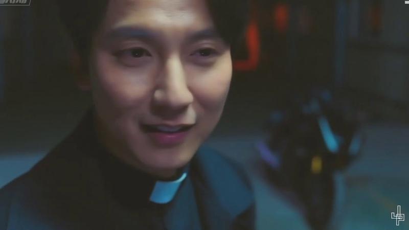 Ким Хэ Иль/Kim Hae Il - Патрон (Темпераментный священник)
