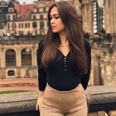 Юлия Шик