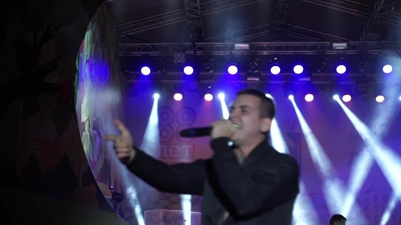 Russell - Не Сдамся (Live)