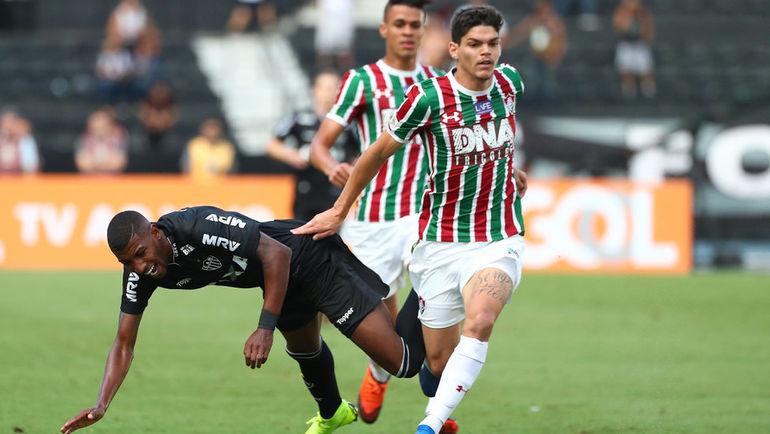 «Не справляется с давлением. Просил не ставить на решающий матч». Что думают об Айртоне Лукасе в Бразилии