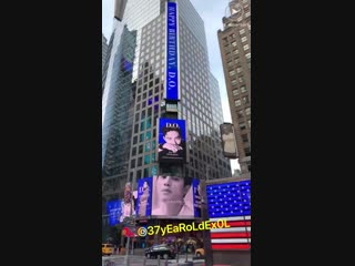 [LQ FANCAM] 190112 Birthday Advertisement in Times Square @ EXO's D.O (Do Kyungsoo)