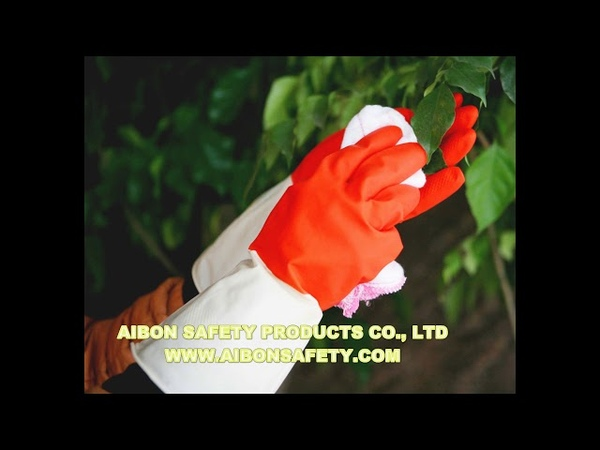 Rubber glove for cleaning