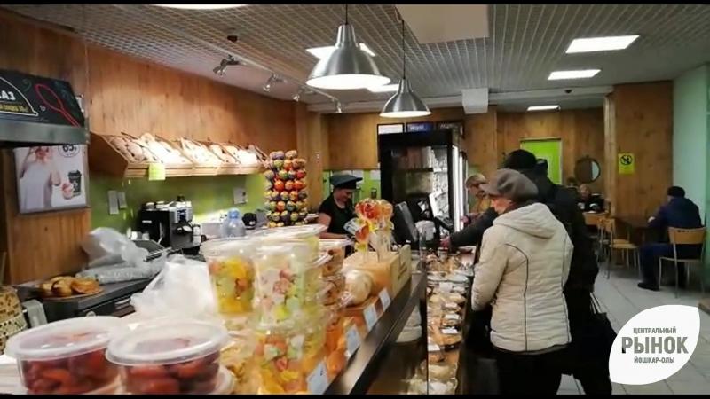 Как пекут хлеб в Гурмане на рынке