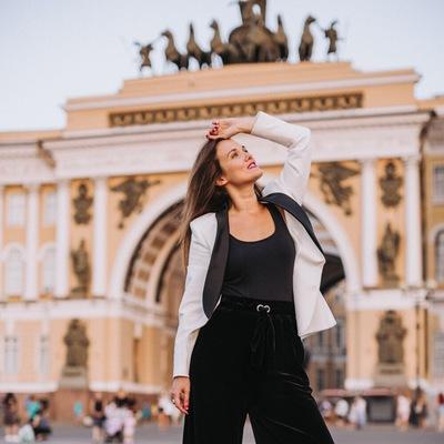 Евгения Овчаренко