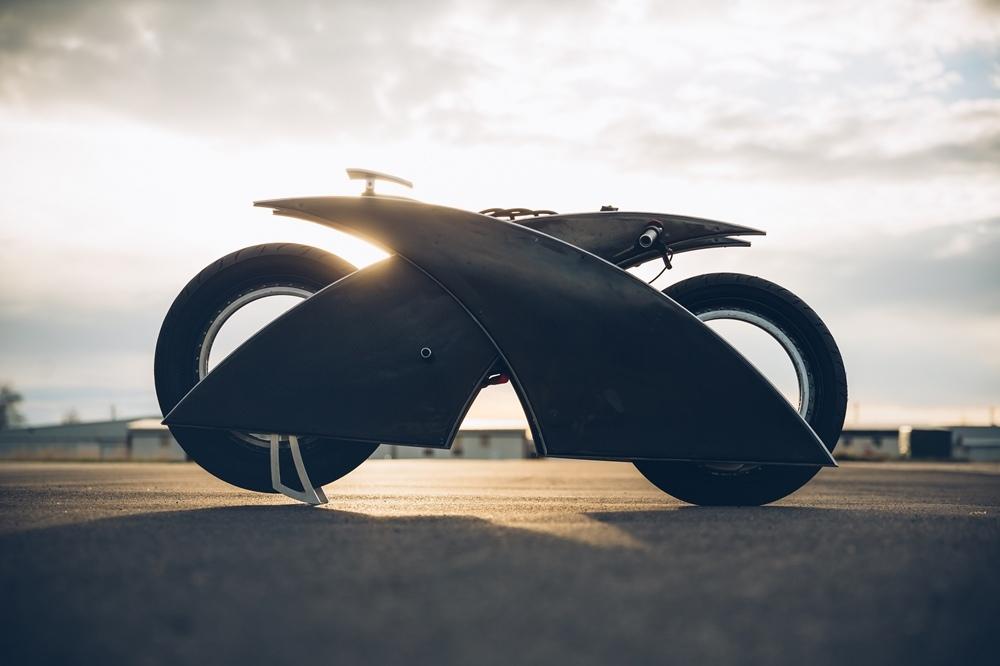 Макр Аткинсон: электрический кастом Racer-X