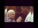 Кас Дамато учит молодого Майка Тайсона премудростям бокса.