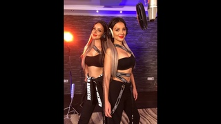 BECKY G ft. NATTI NATASHA - SIN PIJAMA (COVER BY TWiiNS)